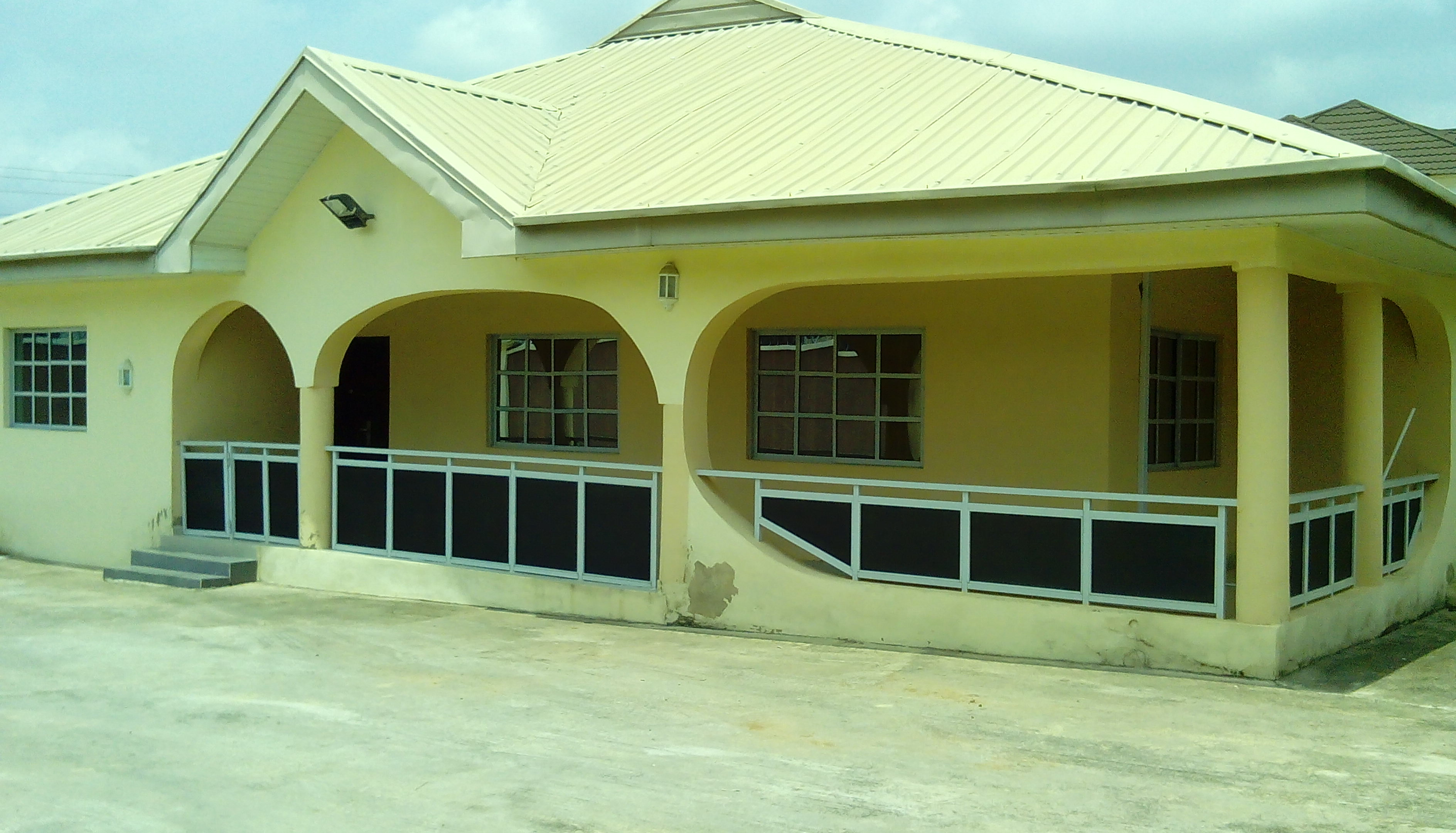 FOR SALE Exquisite Detached 4 Bedroom Bungalow At New Bodijah Ibadan